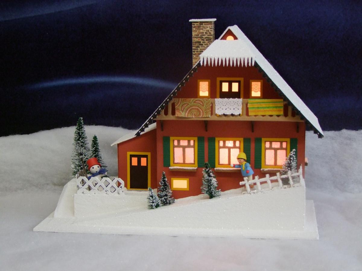 Lichterhaus Haus am Berg Erzgebirgskunst Drechsel