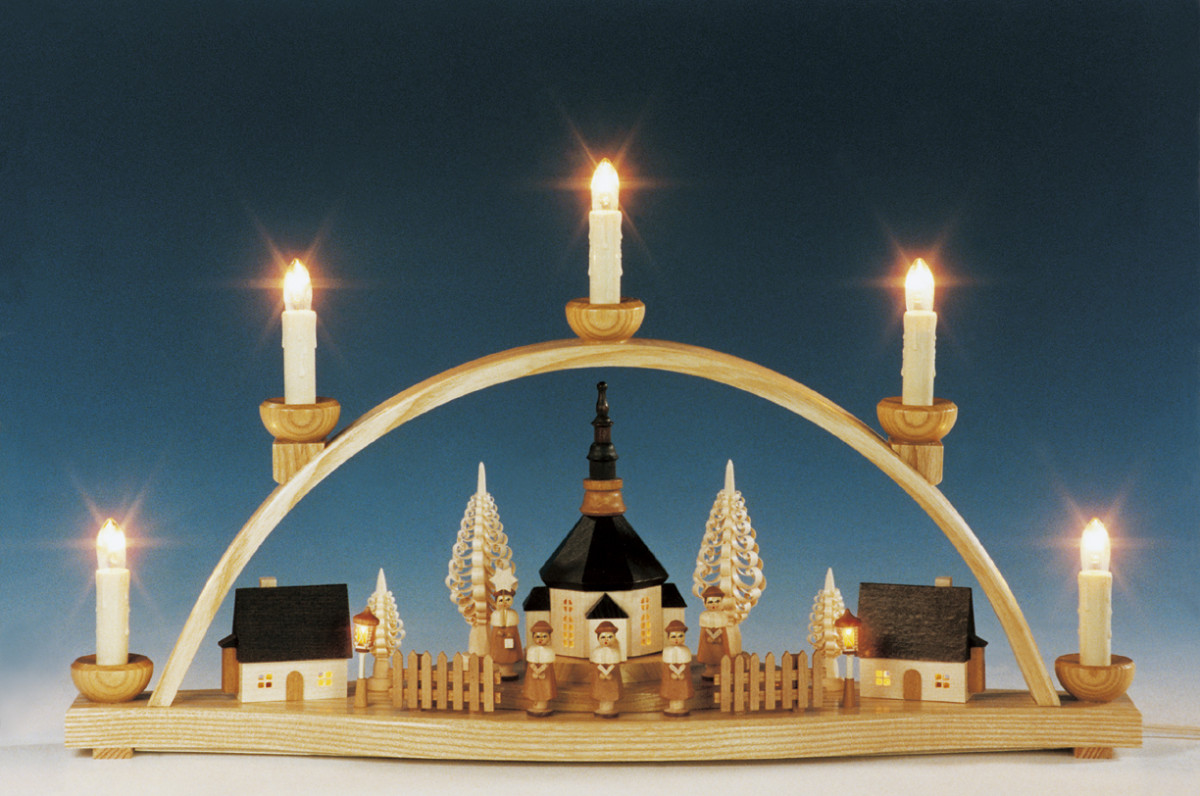 schwibbogen seiffener kirche mit laternen beleuchtet erzgebirgskunst drechsel. Black Bedroom Furniture Sets. Home Design Ideas