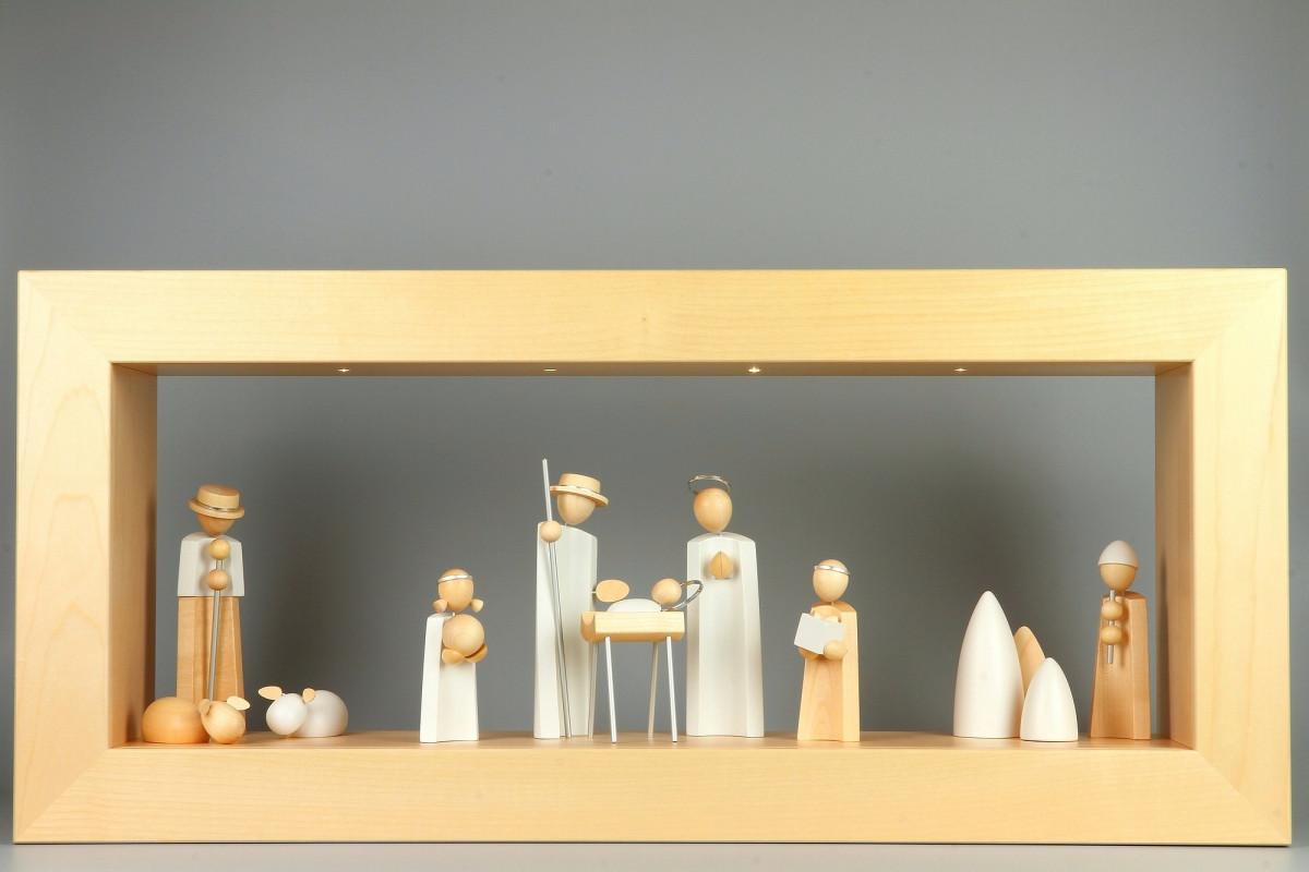 Wandrahmen Ahorn massiv mit Beleuchtung mit Kavex Krippefiguren ...