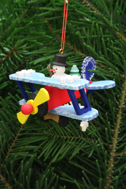 Baumbehang Schneemann im Flieger