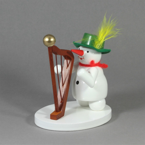 Schneemannkapelle Schneefrau mit Harfe