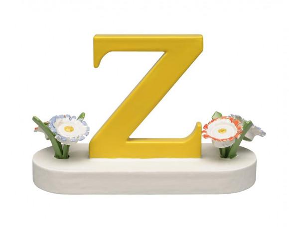 Buchstabe Z mit Blumen