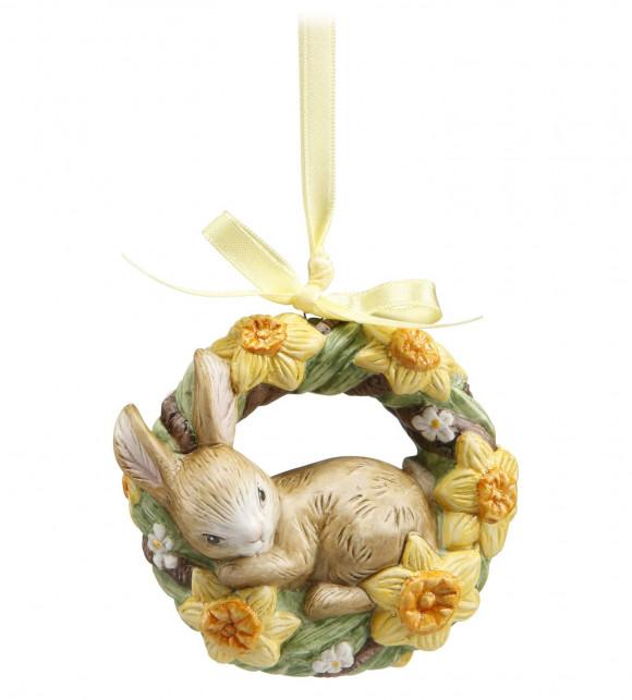 Osterhase Jahresornament 2020 Häschen in Blumenkranz mit Osterglocken