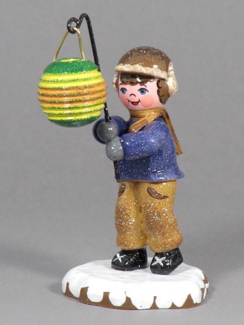 Winterkinder Junge mit Kugellampion