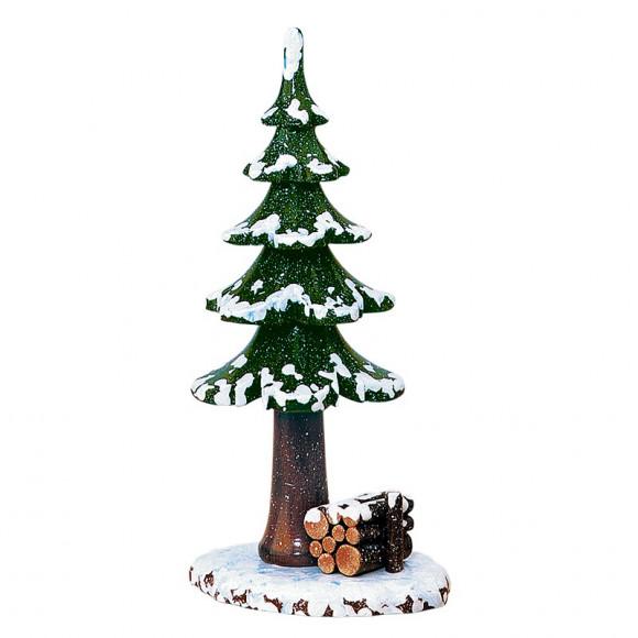 Winterkinder Winterbaum mit Holzstapel