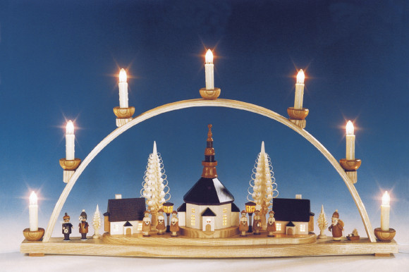 schwibbogen seiffener kirche mit beleuchteten laternen erzgebirgskunst drechsel. Black Bedroom Furniture Sets. Home Design Ideas