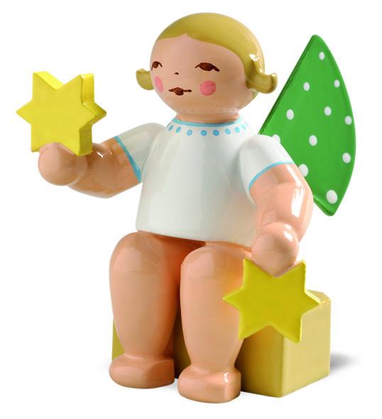 Engel klein mit zwei Sternen, blondes Haar