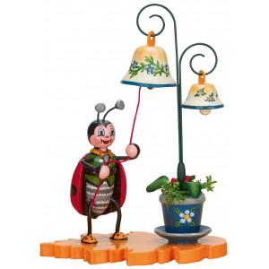 Marienkäfer mit Glockenspiel