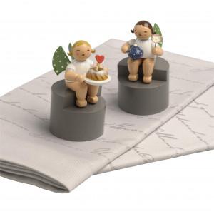 2 Stoffservietten mit 2 Engeln auf Podest, Set 3