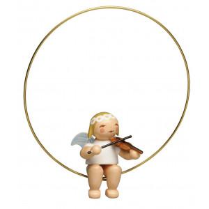 Margeritenengel im Ring mit Geige