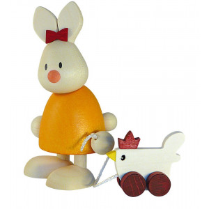 Osterhase Kaninchen Emma mit Huhn