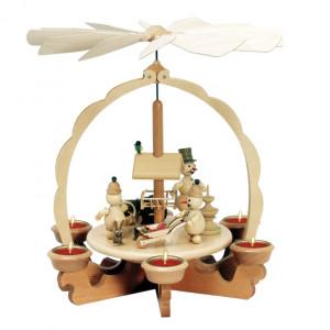 Teelichtpyramide An der Futterraufe