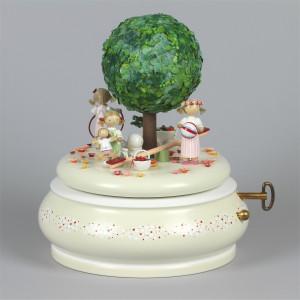 Spieldose Der alte Apfelbaum Sommer