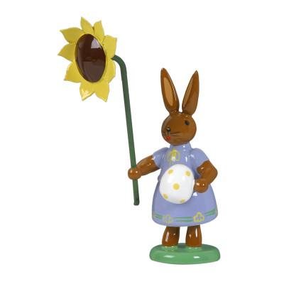 Hase mit Ei und Sonnenblume