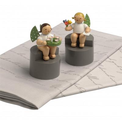 2 Stoffservietten mit 2 Engeln auf Podest, Set 2
