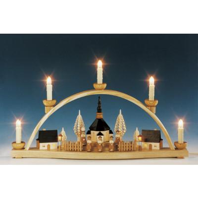 Schwibbogen Seiffener Kirche mit Laternen, beleuchtet