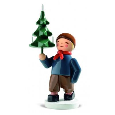 Winterkinder Junge mit Baum
