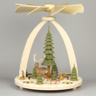 Geschnitzte Teelichtpyramide Wildtiere mit grünen Bäumen - 37 cm