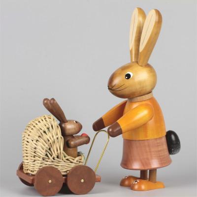 Osterhäsin mit Kinderwagen natur, 20 cm