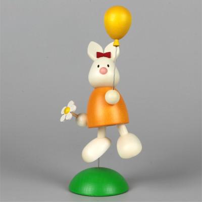 Osterhase Kaninchen Emma mit Luftballon
