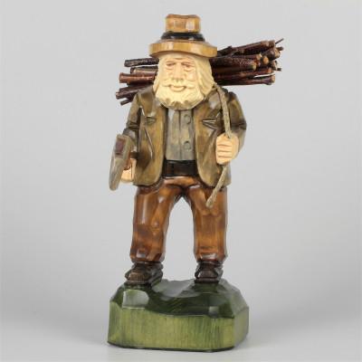 Geschnitzter Holzfäller farbig, 19 cm