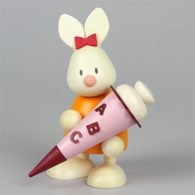 Osterhase Kaninchen Emma mit Zuckertüte