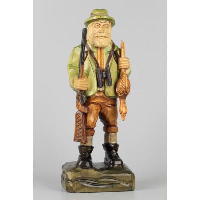 Geschnitzter Jäger farbig, 34 cm