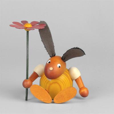 Hase mit Blume, sitzend, gelb, 7 cm