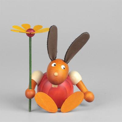 Hase mit Blume, sitzend, rot, 7 cm