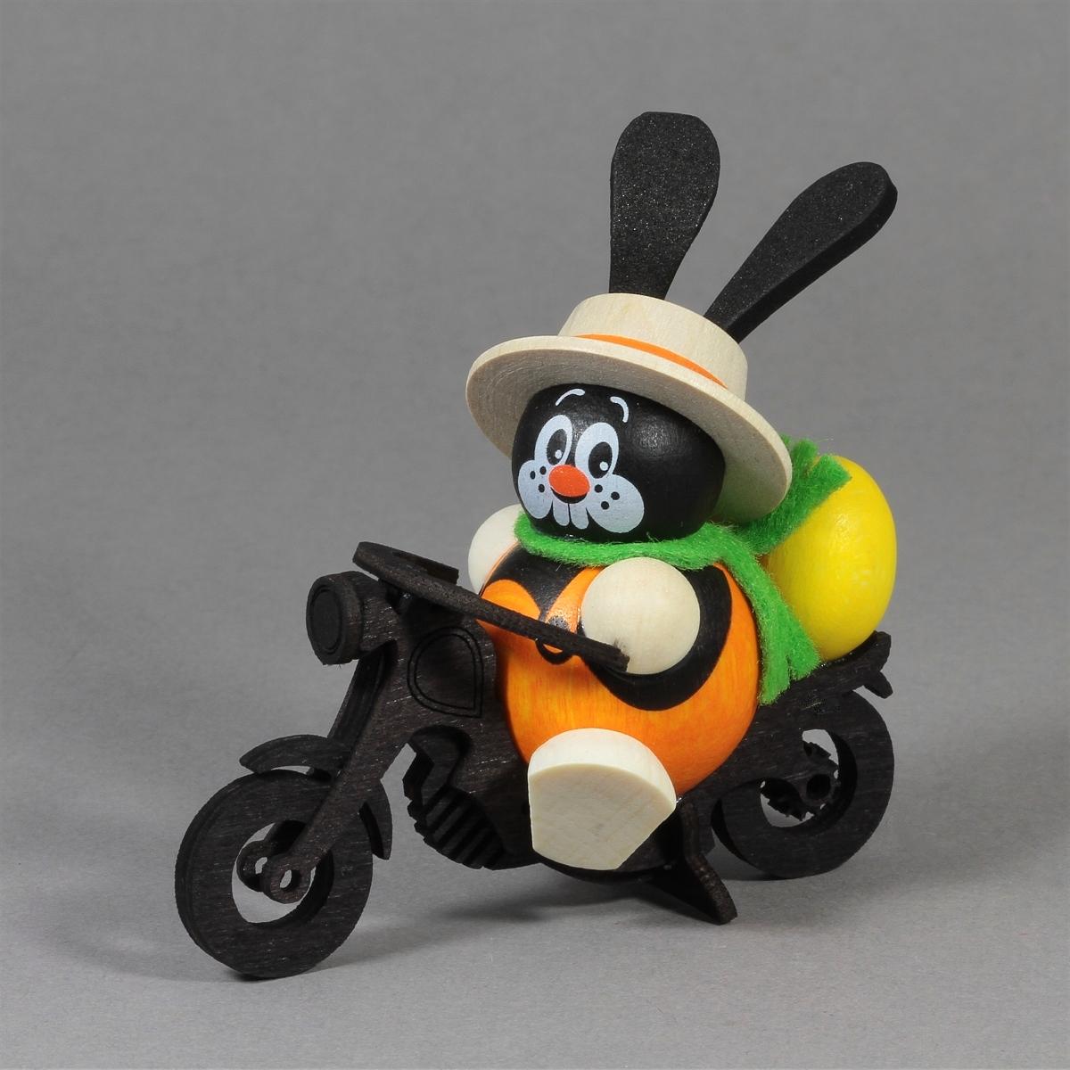 Kugelhase Osterhase auf Motorrad