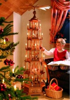 Pyramide Christi Geburt, © R. Glässer GmbH, Seiffen
